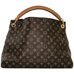 Louis Vuitton Monogram Artsy MM Hobo Handbag