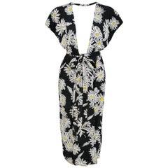1974 Sheridan Barnet Daisy Print Crepe Plunge Wrap Dress Worn By Angelica Huston