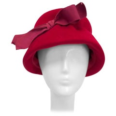 1960s Cranberry Felt Bucket Hat