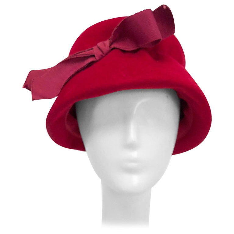 Felt bucket hat, 1960s, offered by Decades of Fashion