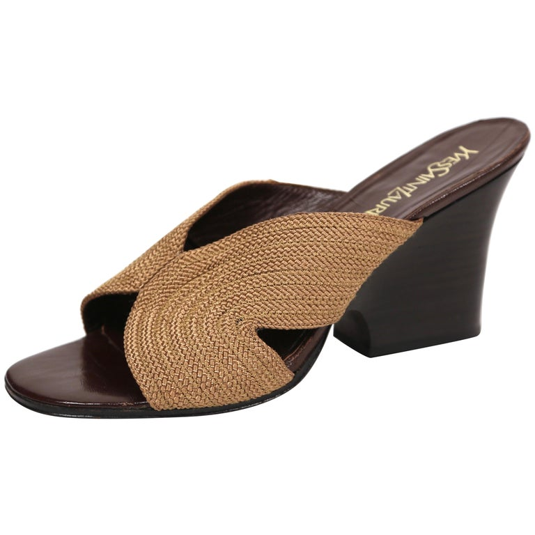4258e795974 1990 s YVES SAINT LAURENT woven sandals with sculpted heels - 10 For Sale