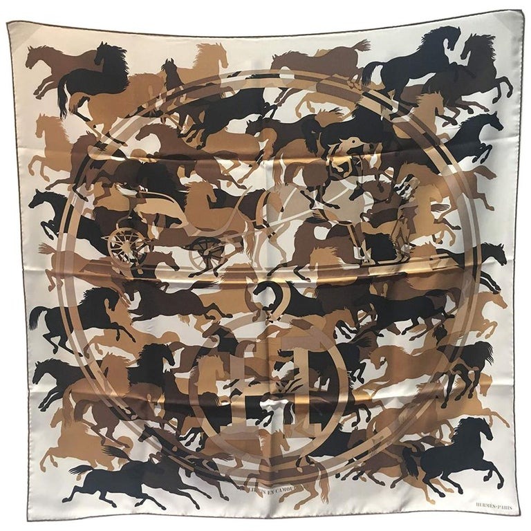 Hermes Ex Libirs en Camouflage silk scarf in Tan black and white