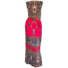 Fantastic Early 1970s Boho Chic Paisley Print Vintage Red 70s Maxi Dress