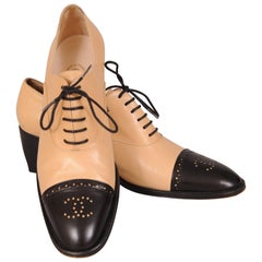 Chanel Classic Black and Tan Oxfords 41 or 10.5