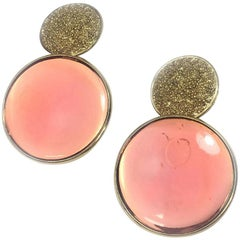 YVES SAINT LAURENT Vintage Clip-on Earrings in Gild metal and Pink Resin