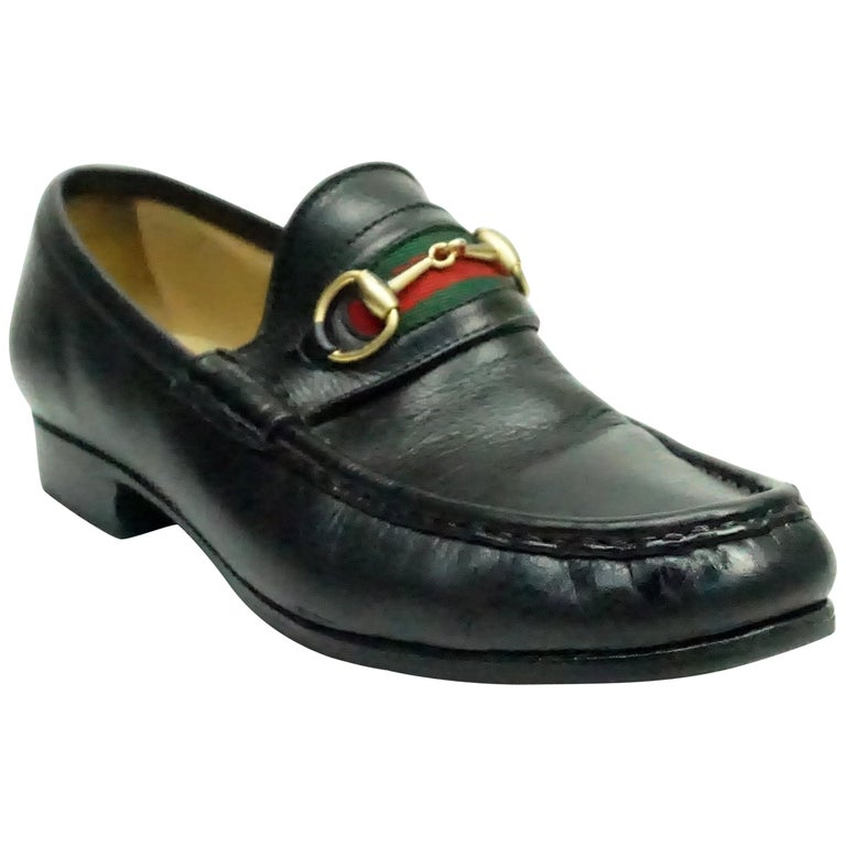 7e625097b89 Gucci Vintage Black Leather Loafer w  Red and Green Stripe - 6 For Sale