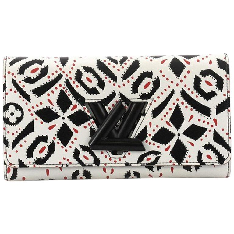 Louis Vuitton Twist Wallet Limited Edition Graphic Leather For Sale