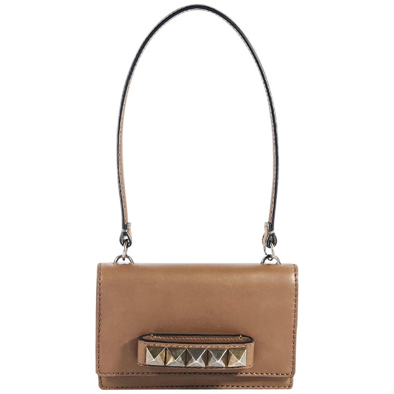 a3852a9b6b82 Valentino Tan Leather Rockstud Vava Voom Bag For Sale at 1stdibs