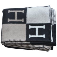 HERMES Jete De Canape AVALON Blanket Throw  NEW