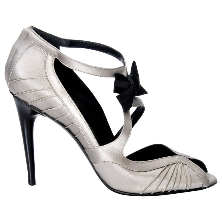 1039de652 New Tom Ford for Gucci Satin Runway Ad Heels Pumps Sz 8.5 For Sale ...