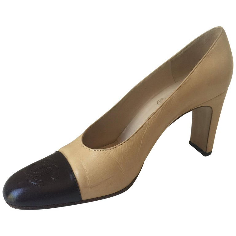 Square Toe ChanelCC Pumps Sz. 381/2