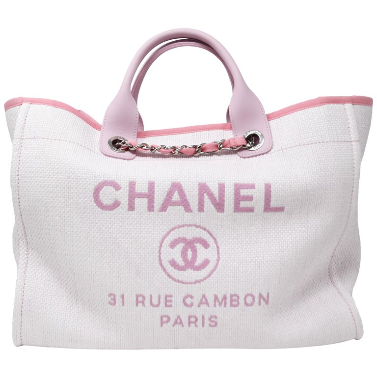 dadf10cc3ea1 Chanel Deauville Large White and Pink Tote For Sale at 1stdibs