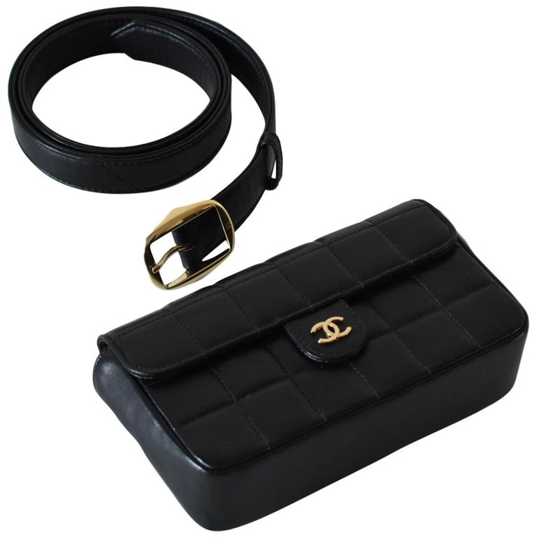8e7807aec8ec Chanel Fanny Pack Vintage Waist Belt Bum Bag For Sale at 1stdibs