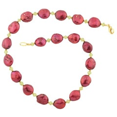 "Gemjunky Elegant Imperfect Bright Wine Red Oval Pearls & Peridot 18"" Necklace"