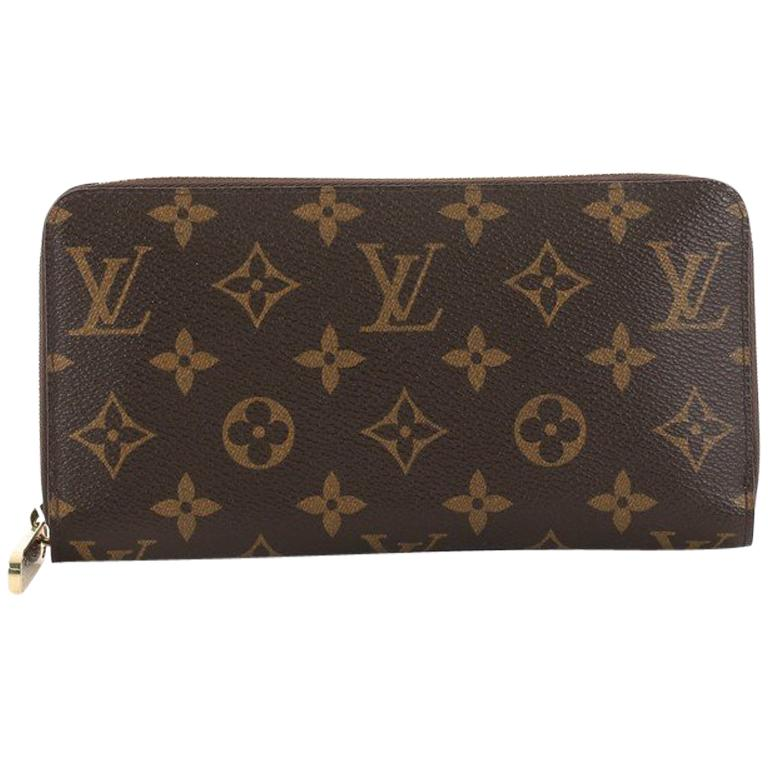 1d881e2199b8 Louis Vuitton Zippy Wallet Monogram Canvas at 1stdibs