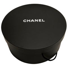 New CHANEL HAT BOX