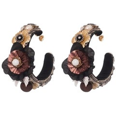 Goiba Floral Hoop Earring
