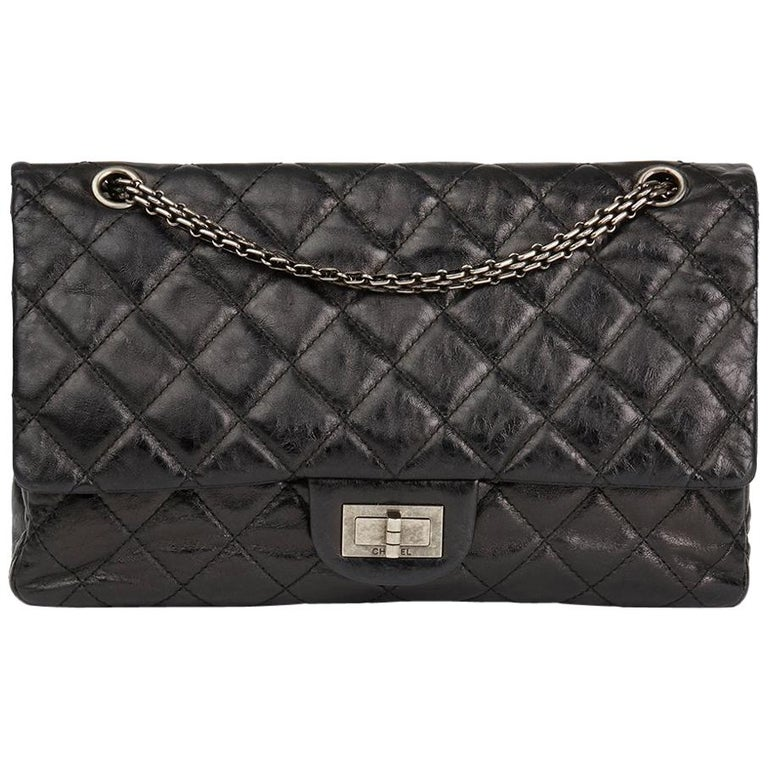 004697a33f 2010s Chanel Black Quilted Metallic Aged Calfskin Leather 2.55 ...