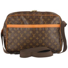 Louis Vuitton Vintage Monogram Canvas Reporter GM Messenger Bag