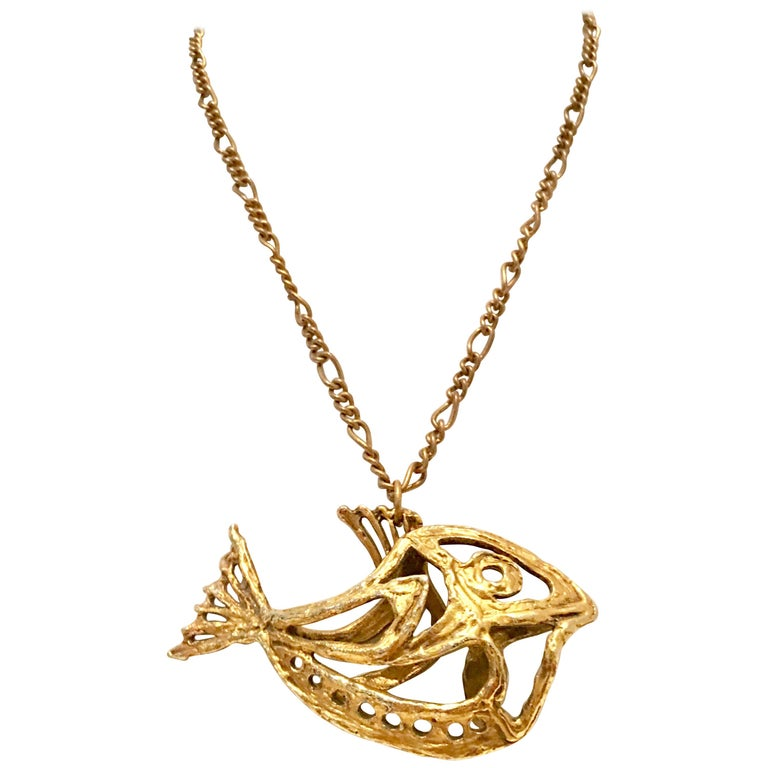 """1970'S Monumental Gold  """"Fish"""" Pendant Necklace By, Zavel Silber For Sale"""