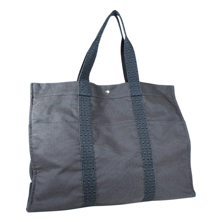 Hermès Tote bag in Grey Canvas