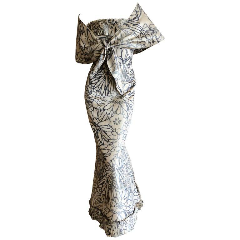 Oscar de la Renta for Bergdorf Goodman Strapless Silk Evening Dress with Shawl For Sale