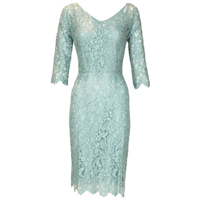 9d661de3407 Dolce and Gabbana Light Blue Lace Sheath Dress - Size IT 40 For Sale at  1stdibs