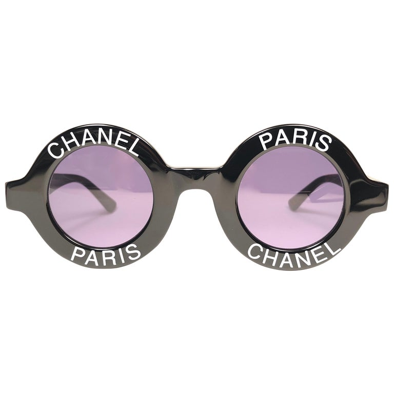 bb579da3a New Vintage Chanel Iconic Round
