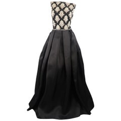 Naeem Khan Black Silk Beaded Bodice Pleated Ball Skirt Gown / Dress