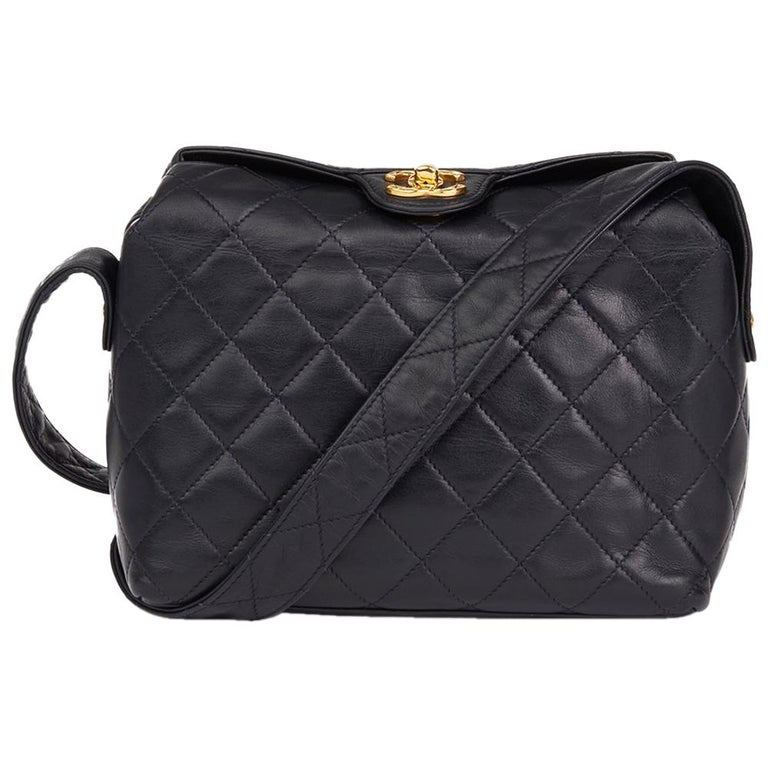 7730fc883912 1992 Chanel Navy Quilted Lambskin Vintage Classic Single Flap Bag For Sale