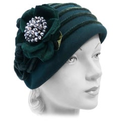 Emerald Green Felt Hat with Velvet Rose, 1930s