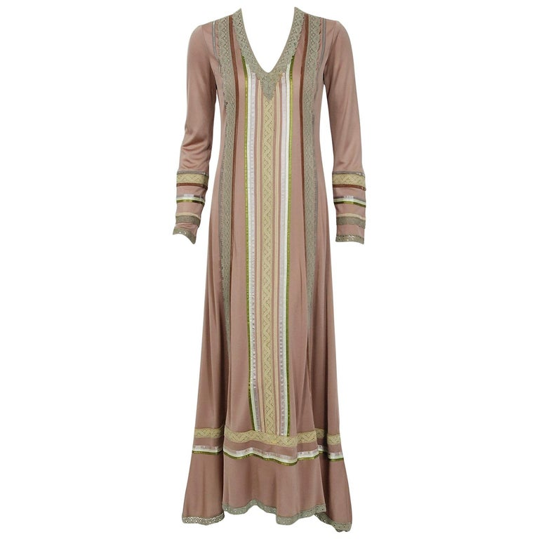 1975 Sant' Angelo Taupe Jersey Knit Ribbon Lace Applique Bohemian Maxi Dress For Sale