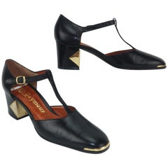 1970's Mr. Seymour Black Leather T-Strap Shoes With Gold Metal Details 7 AA