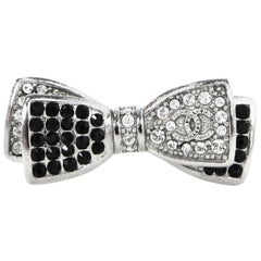 Chanel Black and Clear Crystal CC Bow Ring, 2017