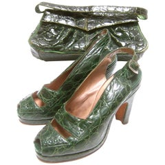 Saks Fifth Avenue 1940s Green Alligator Handbag & Peep Toe Pumps Ensemble