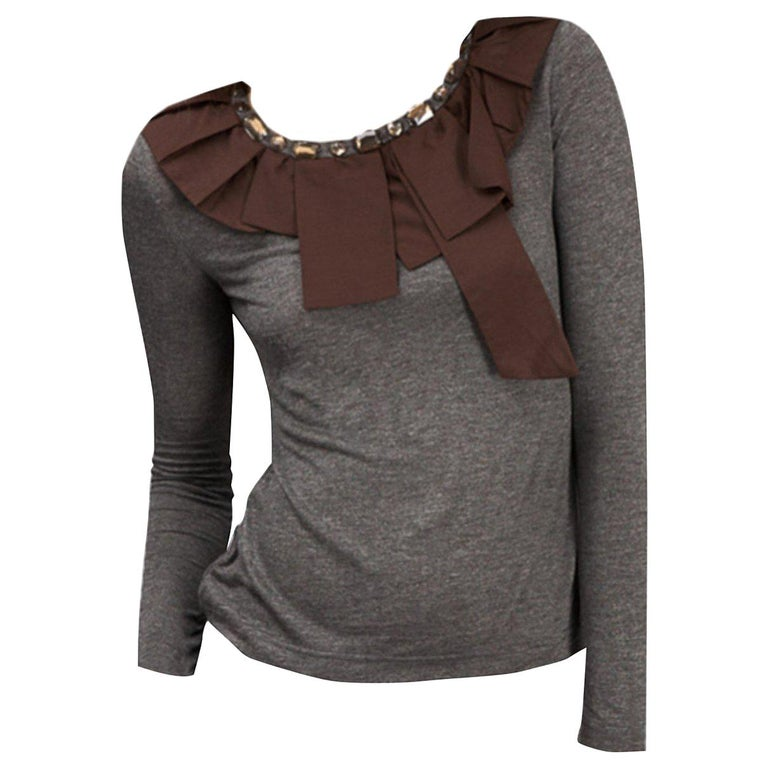 New 2b. Rych Soft Grey Blouse Top Shirt with Jeweled Neck Sz M For Sale