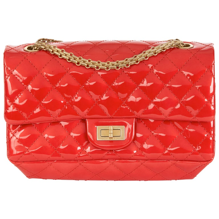 2008 Chanel Red Quilted Patent Leather 2.55 Reissue 225 Accordion Flap Bag For Sale