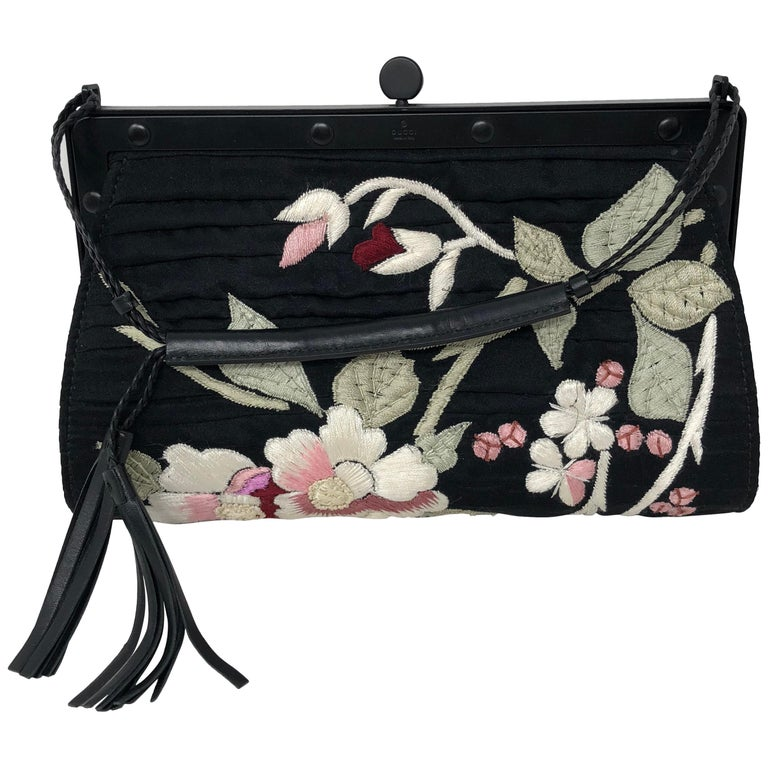 32dda68d51b Gucci embroidered Evening Bag For Sale at 1stdibs