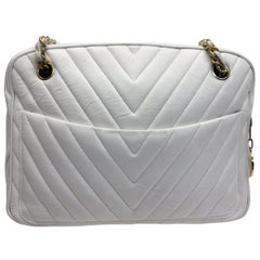 Chanel White Chevron Quilted Leather Shoulder Bag
