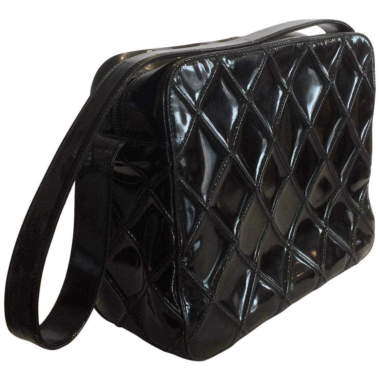 ade42ec7b238ad Chanel Vintage Black Enamel Patent Leather Shoulder bag handbag at 1stdibs