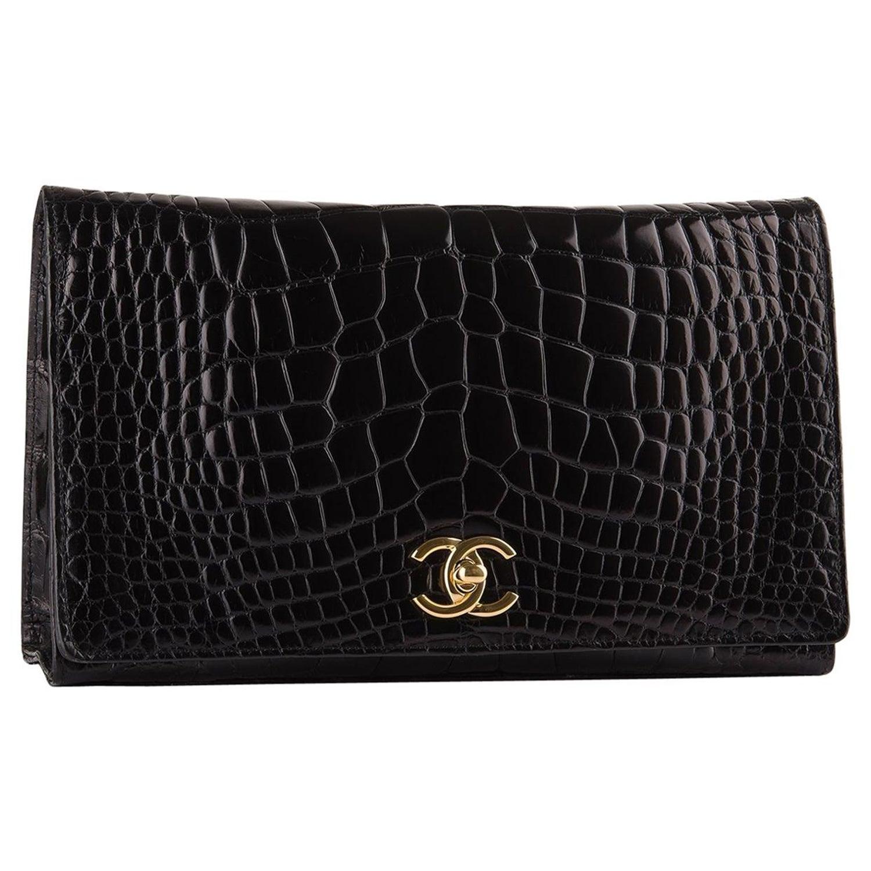 2c79e31618d Chanel Rare Black Crocodile Leather Gold Evening 2 in 1 Clutch Shoulder  Flap Bag For Sale at 1stdibs