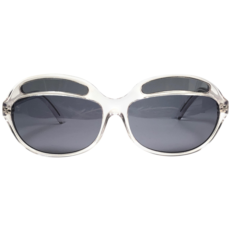 33cb48d98d Gray Sunglasses at 1stdibs - Page 3