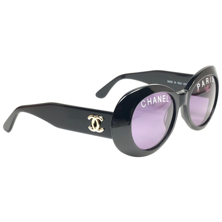3372aef7a21 New Vintage Chanel 01947 Spring   Summer 1993 Black Sunglasses Made In  Italy For Sale at 1stdibs