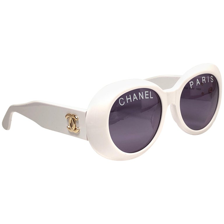 4b709c649fe4c New Vintage Chanel 01947 Spring   Summer 1993 White Sunglasses Made In  Italy For Sale