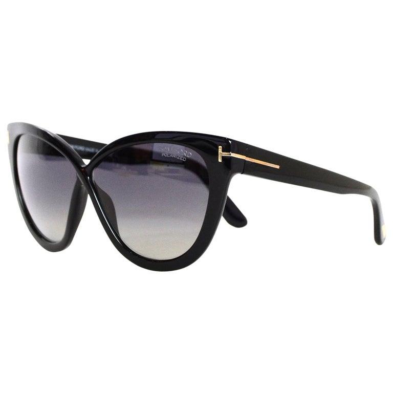 Tom Ford Arabella Black Cat Eye Sunglasses With Polarized Lenses