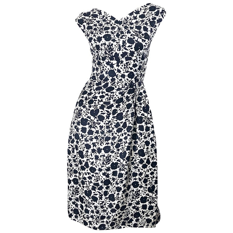 1950s House of Branell Black and White Silk Floral Vintage 50s Wrap Dress For Sale