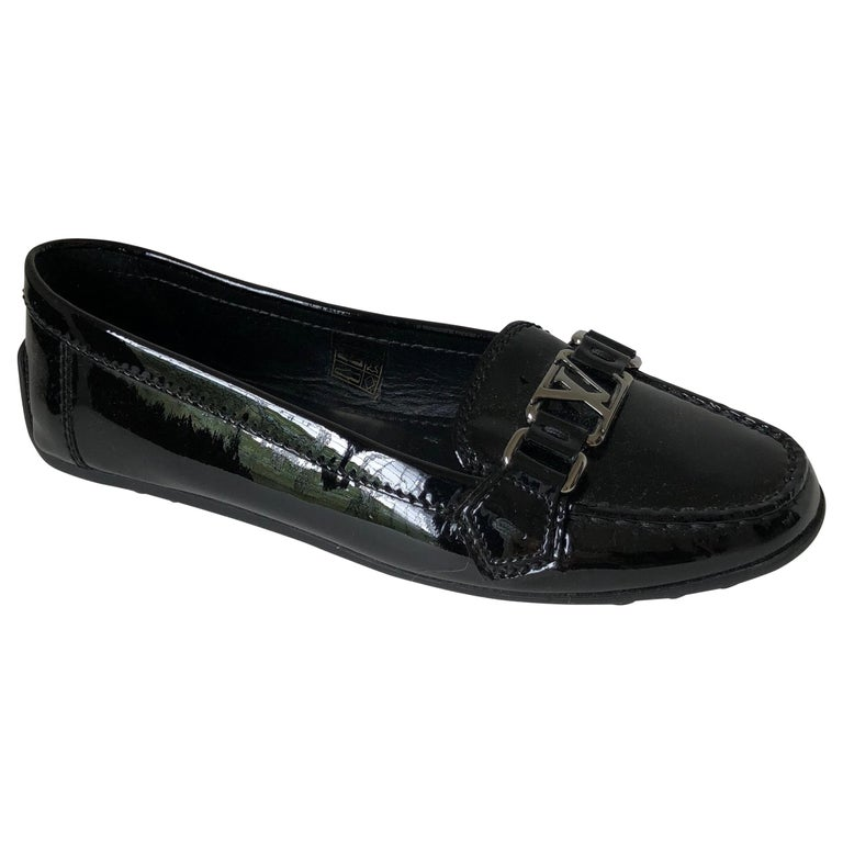Louis Vuitton Patent  Leather Logo Flats 81/2 For Sale