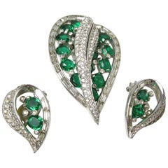 Vintage Signed Jomaz Faux Emerald Leaf Pin & Earrings Set