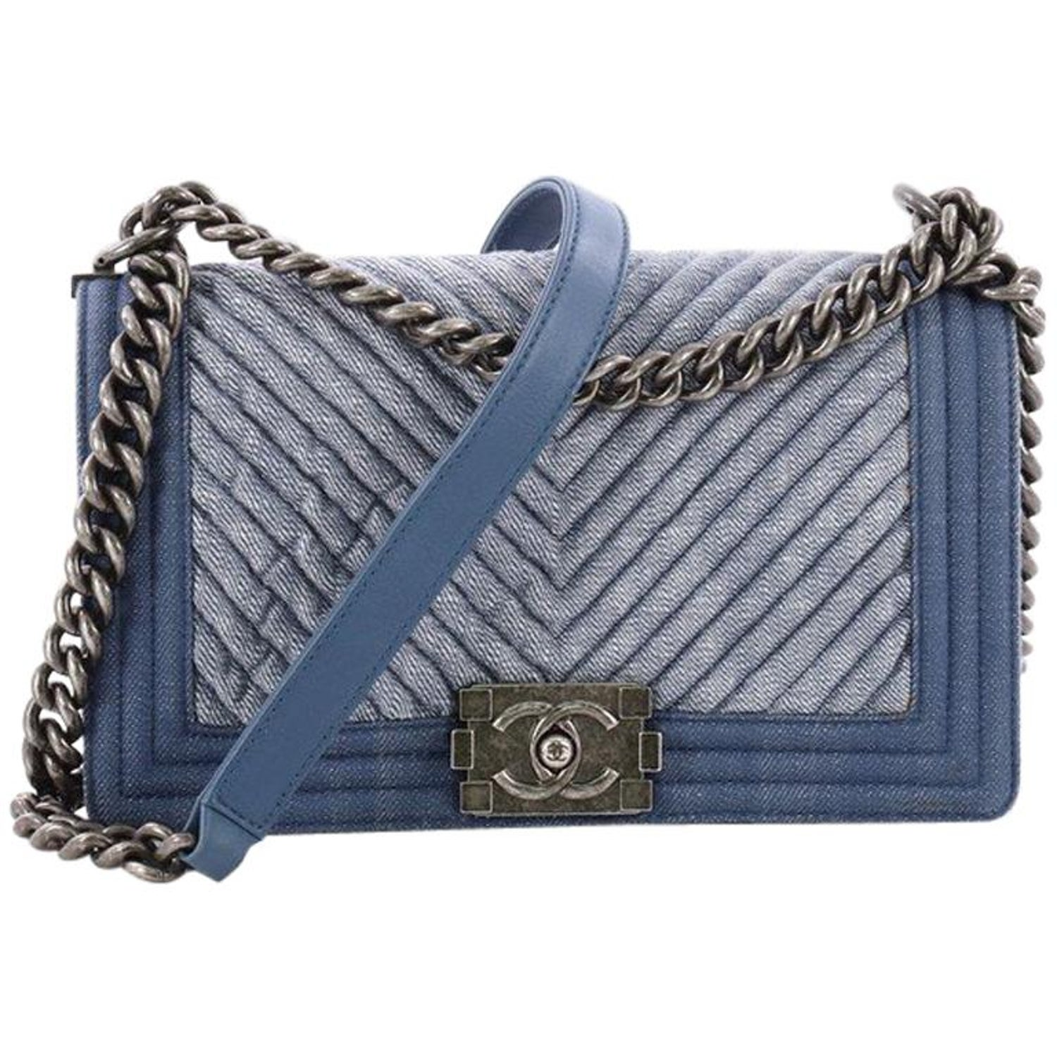 e138fcfff7493 Chanel Boy Flap Bag Chevron Denim Old Medium at 1stdibs