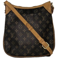 1824370d944a Louis Vuitton Monogram Odeon PM Crossbody Handbag